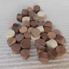 40 pc little unfinished wooden cylinders for craft in different sizes